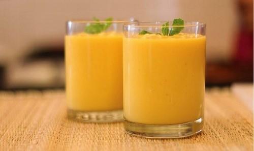 Mangó-sütőtök smoothie