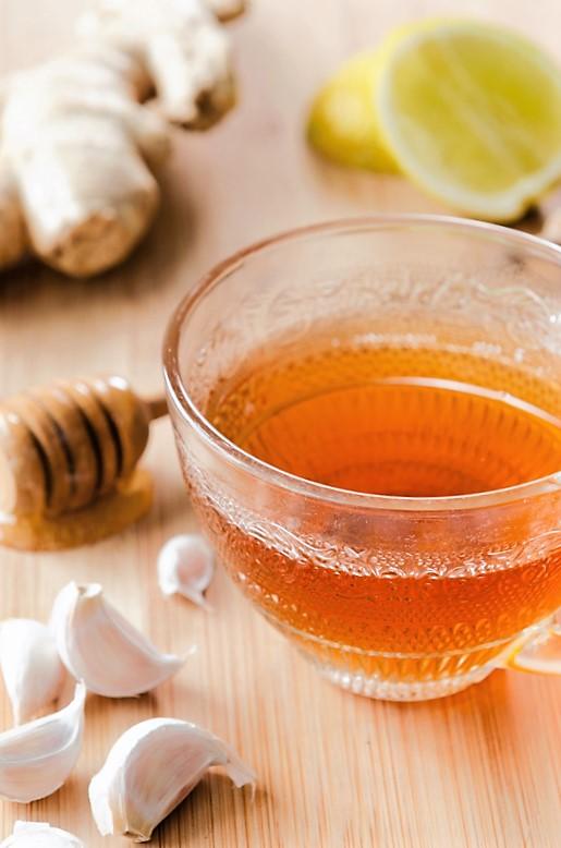 Mézes fokhagymatea megfázásra
