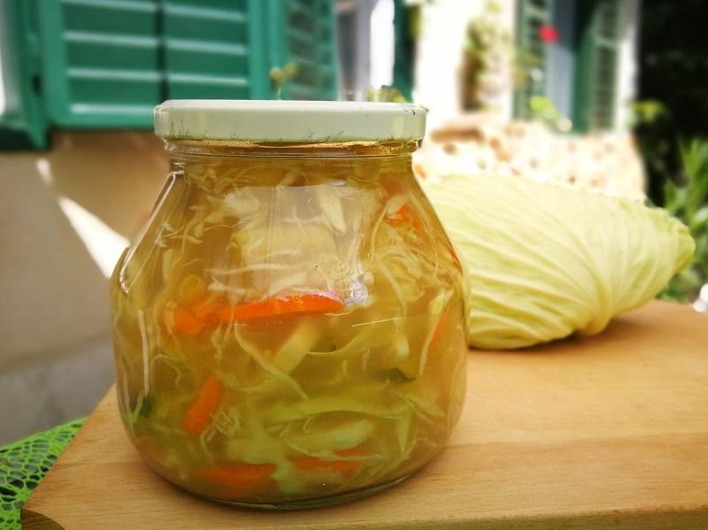 Savanyított zöldségek szecsuáni módra