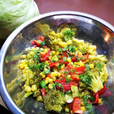 brokkolis-kukoricasalata