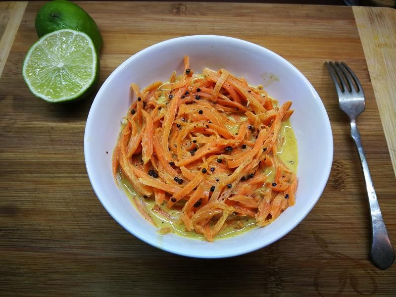 Pikáns-magos sárgarépa saláta